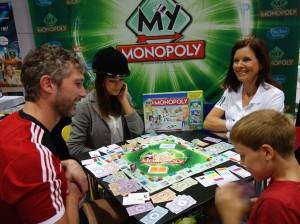 """Bei """"My Monopoly"""" kann das Spiel individuell gestaltet werden und die einzelnen Straßennamen durch eigene ersetzt werden."""